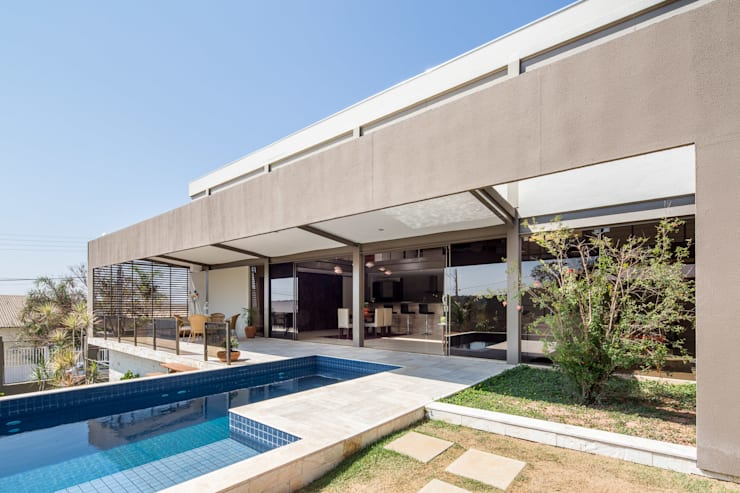 Pool by Joana França, Modern