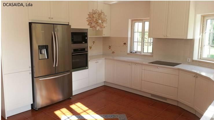 Cozinha rustica : Cozinhas  por DCASAIDA,Rústico
