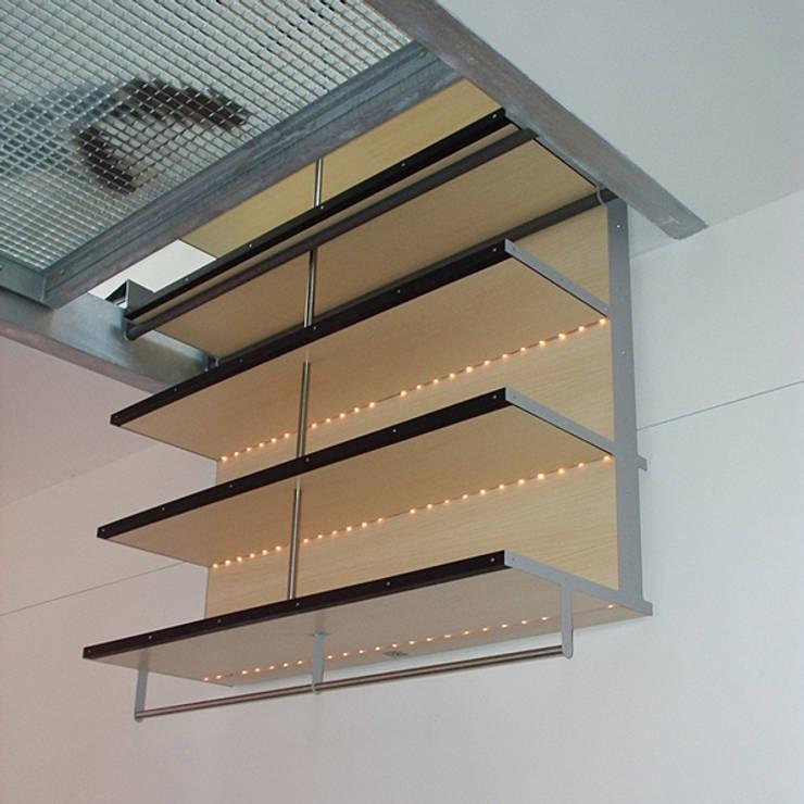 Verbouwing woonhuis N te Smeermaas (B):  Studeerkamer/kantoor door gorissendeponti ontwerpers + makers, Modern