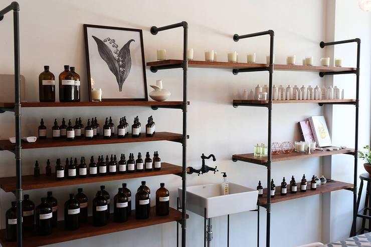 73 Perfumery: 스튜디오 이심전심 Studio 李心田心의  거실