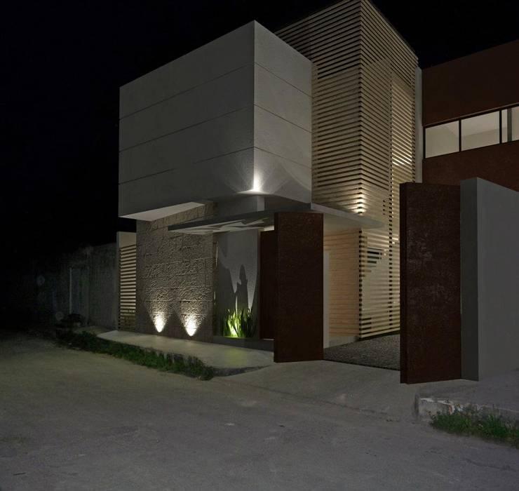 RENDER NOCHE: Casas de estilo  por FRACTAL CORP Arquitectura, Moderno