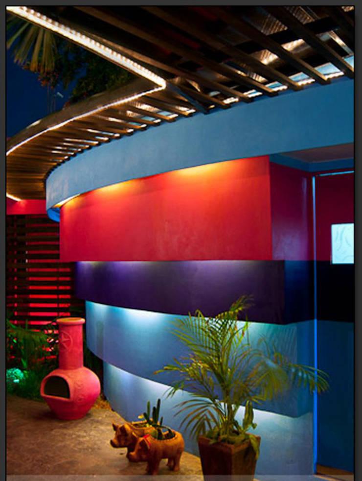 Casas de estilo  por FRACTAL CORP Arquitectura, Moderno