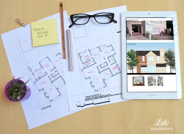 Casa proyecto de ampliación:  de estilo  por LDC Arquitectura,