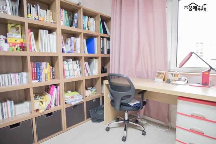 꿈속의 동화같은 단층 목조주택: 꿈애하우징의  아이방
