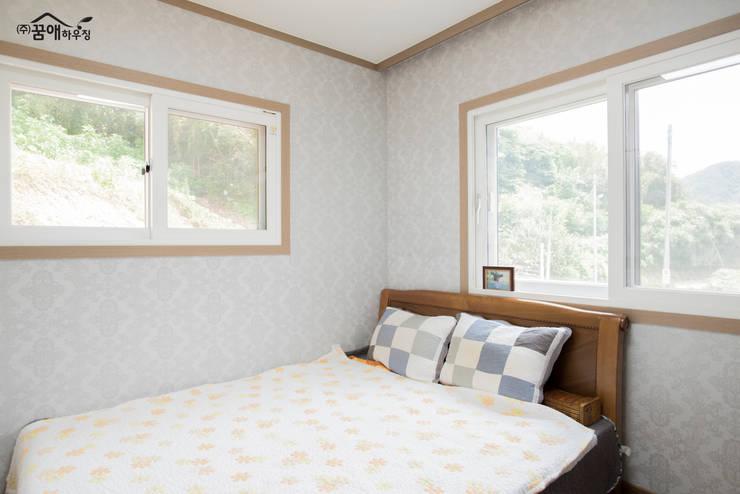 Dormitorios de estilo mediterráneo de 꿈애하우징 Mediterráneo