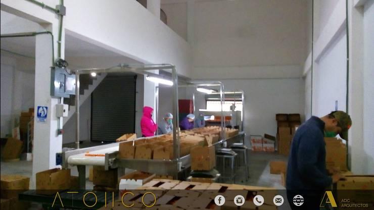 EMBALAJE-ATONGO: Casas de estilo  por ADC arquitectos , Rural