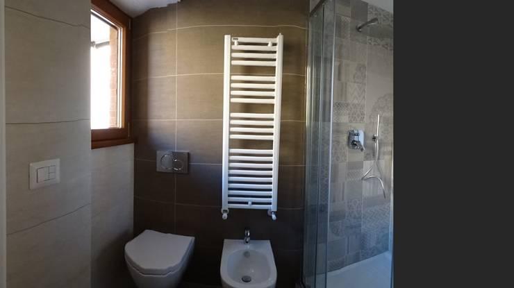Bathroom by NicArch