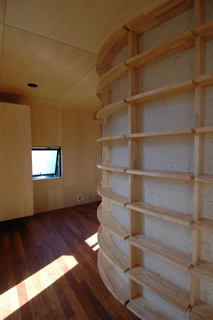 Arbeitszimmer von M+2 Architects & Associates,