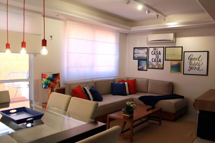 Living room by Projeto Bem Bolado
