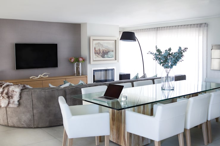 Upstairs TV room a=: modern Dining room by Salomé Knijnenburg Interiors