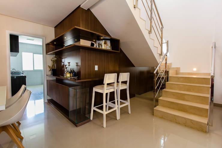 Living room by Lícia Cardoso e Rafaella Resende