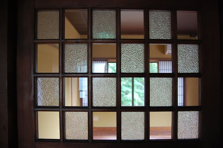 Windows by colocoloenterprise
