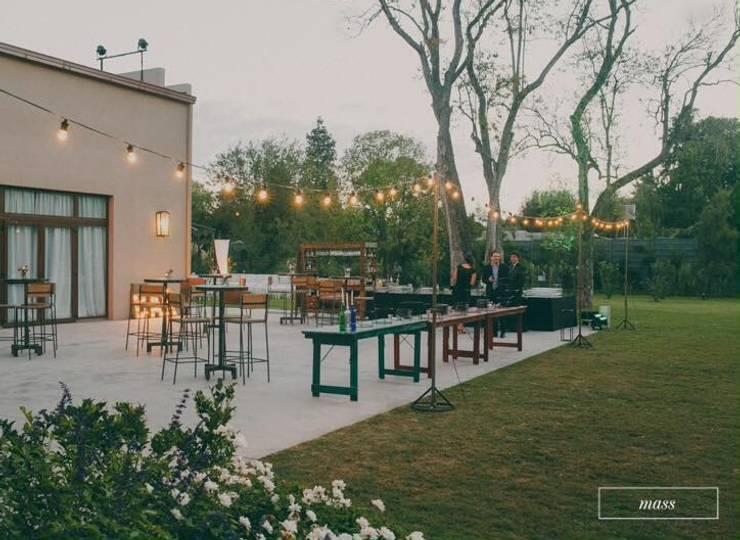 Mix Outdoors: Jardines de estilo  por Algo de Mi