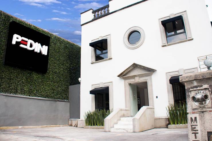 Casas de estilo clásico por ARTE CUCINE/ PEDINI SAN ANGEL