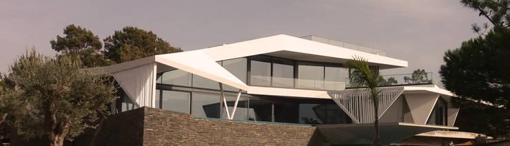 Sul:   por nPoente - Arquitectura, Design, 3D, Lda,
