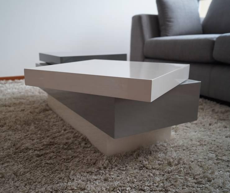 Detalle Mesa Giratoria :  de estilo  por MARECO DESIGN S.A.S, Clásico Compuestos de madera y plástico