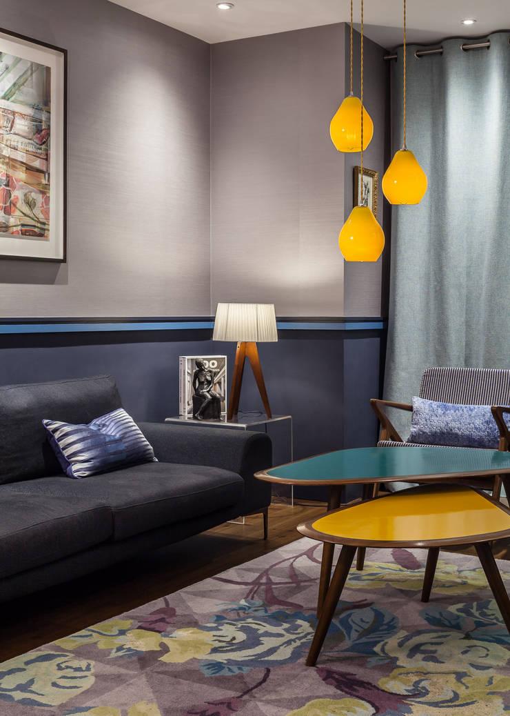 Scandinavian coffee table & lounge :  Living room by Wood'n design