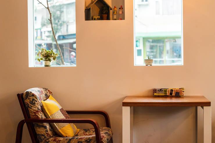 想享-Slowness Brunch:  辦公室&店面 by 七輪空間設計