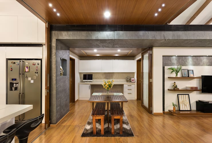 Kalyan Penthouse / Apartment Interiors:  Dining room by Source Architecture