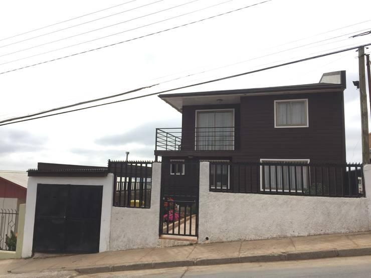 Casa H-N: Casas de estilo moderno por Rodrigo Chávez Arquitecto