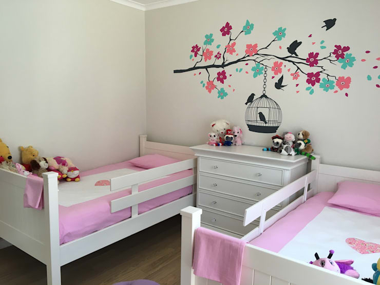 HOUSE MILLER:  Bedroom by Covet Design