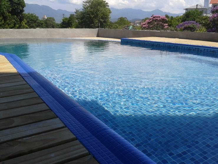 Projeto piscina: Piscinas  por TODDO Arquitetura e Engenharia