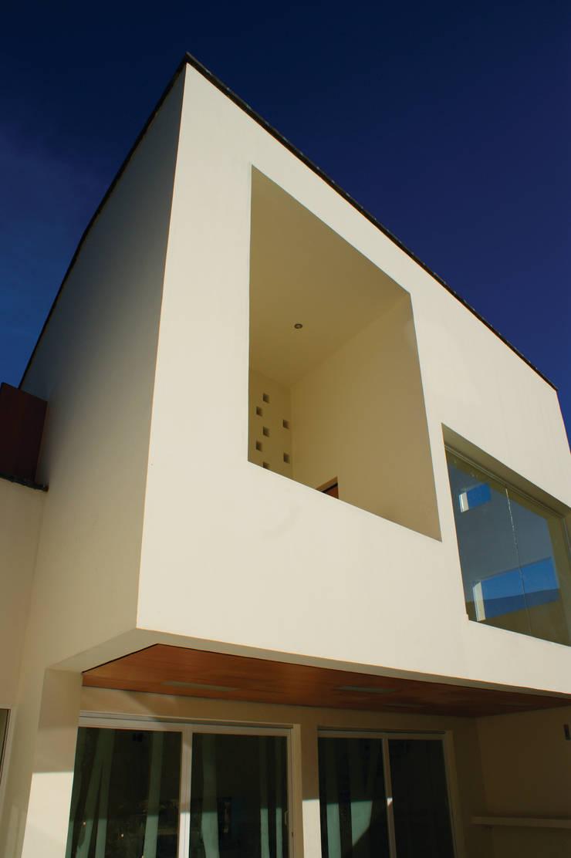 Malinalco : Casas de estilo  por BulAu , Moderno