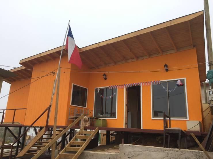 Casa  A-V: Casas de estilo  por Rodrigo Chávez Arquitecto