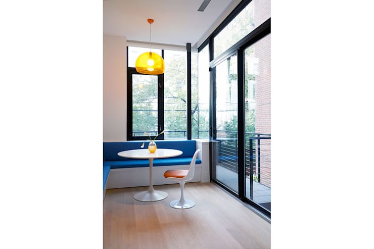 Park Slope Townhouse:  Dining room by Sarah Jefferys Design