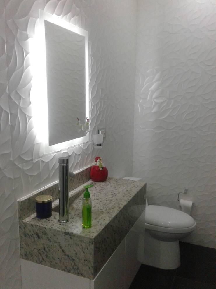 ESCALERAS Y BAÑOS : Baños de estilo  por Diseño Aplicado Avanzado de Guadalajara, Minimalista