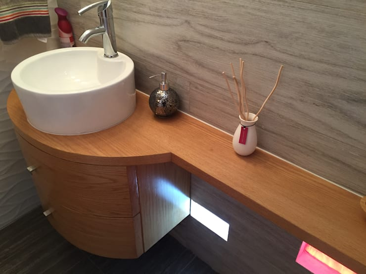 modern Bathroom by Cahtal Arquitectos