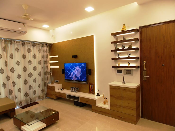 LIVING:  Living room by J SQUARE - Architectural Studio