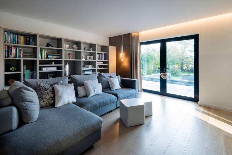 Salas / recibidores de estilo  por Barc Architects, Moderno