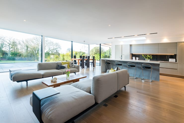 White Oaks Open Plan Kitchen, Dining and Living Area:  Living room by Barc Architects
