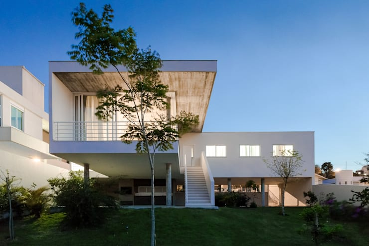 Casas de estilo  por Barbara Becker Atelier Arquitetura