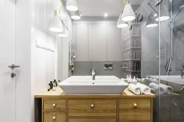 Łazienka: styl , w kategorii Łazienka zaprojektowany przez Saje Architekci Joanna Morkowska-Saj