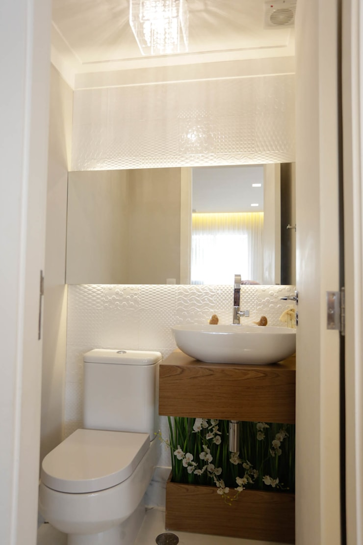 Salle de bains de style  par Angelica Hoffmann Arquitetura e Interiores, Moderne