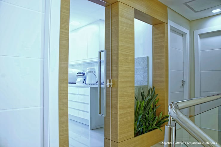 Cliniques de style  par Angelica Hoffmann Arquitetura e Interiores, Moderne