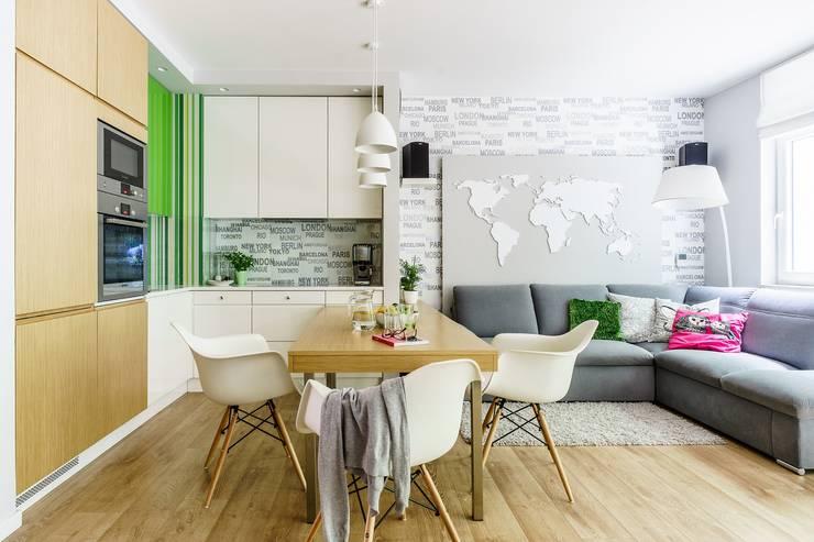 Modern Living Room by Saje Architekci Joanna Morkowska-Saj Modern