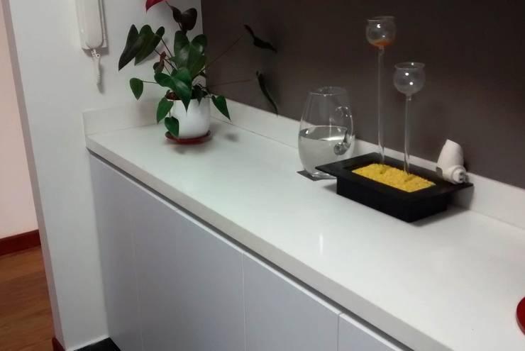 APARTAMENTO CIUDAD SALITRE: Cocinas de estilo  por bdl concept/studio,