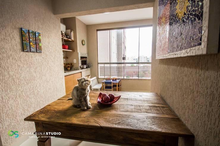 Terrazas de estilo  por Camarina Studio