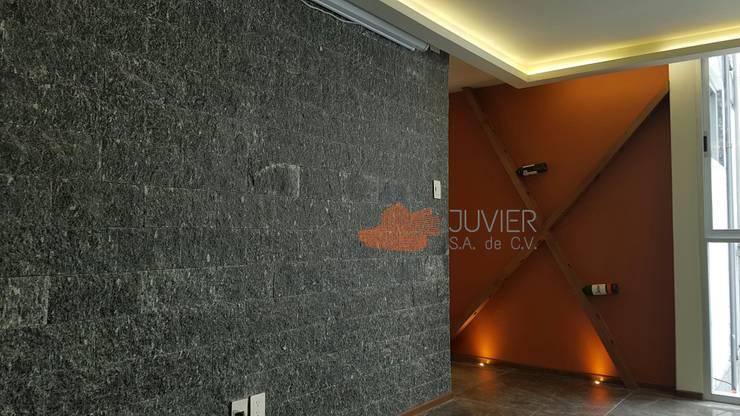Remodelación departamento: Paredes de estilo  por Juvier SA de CV