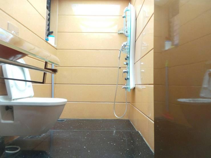 : modern Bathroom by Koncept Architects & Interior Designers,