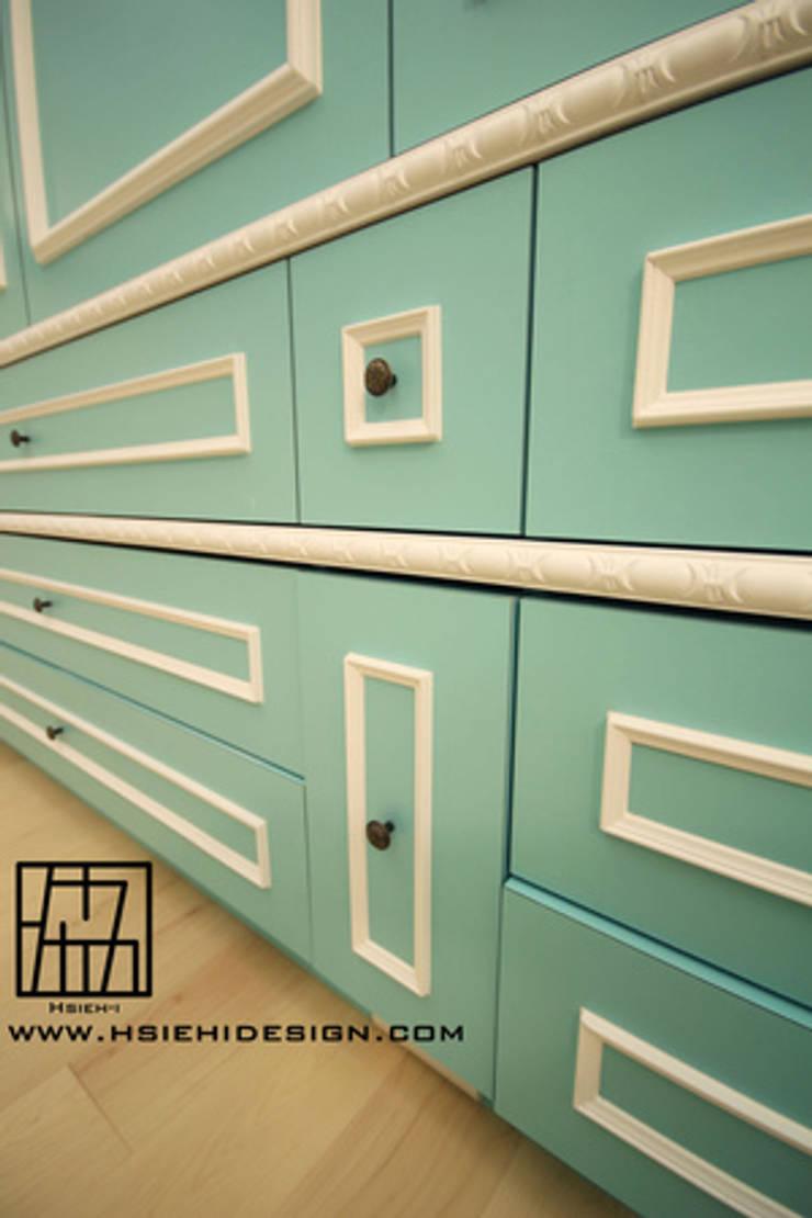 小孩房置物櫃:  嬰兒房/兒童房 by 協億室內設計有限公司