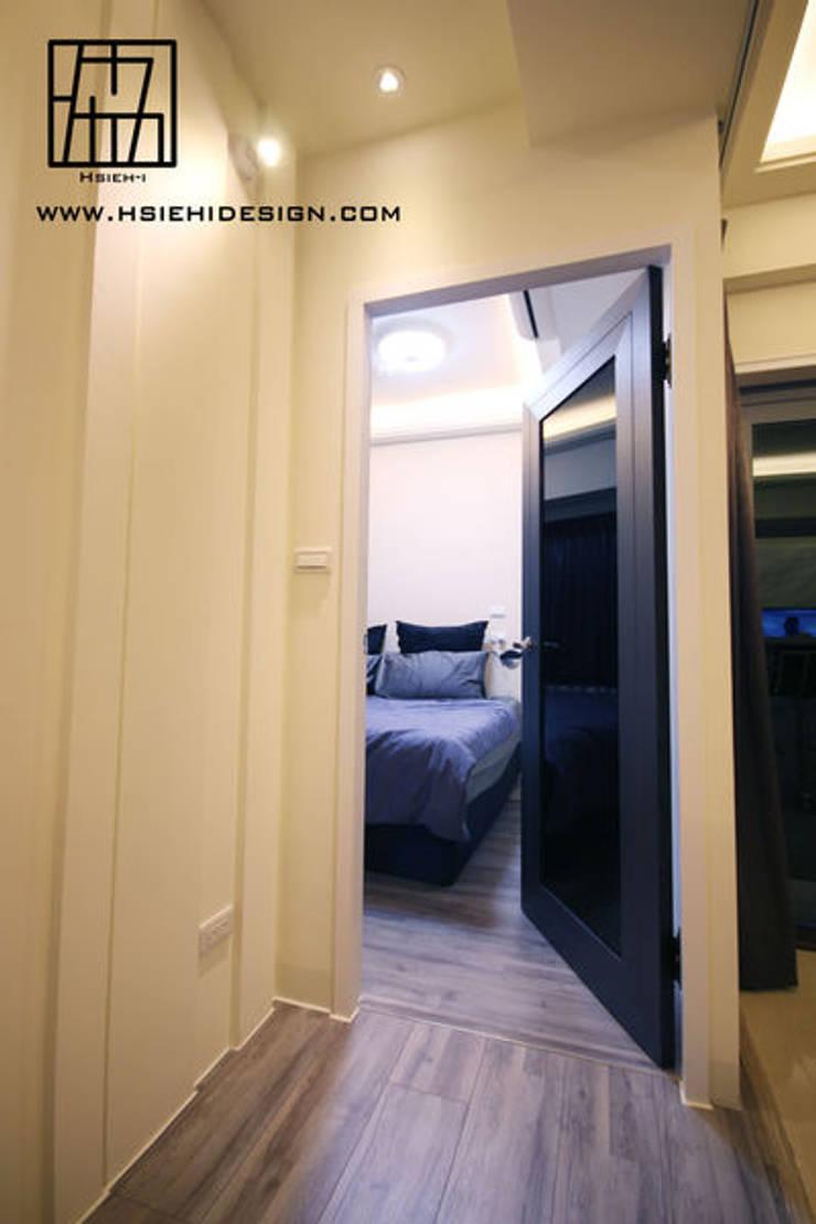 主臥室入口:  窗 by 協億室內設計有限公司