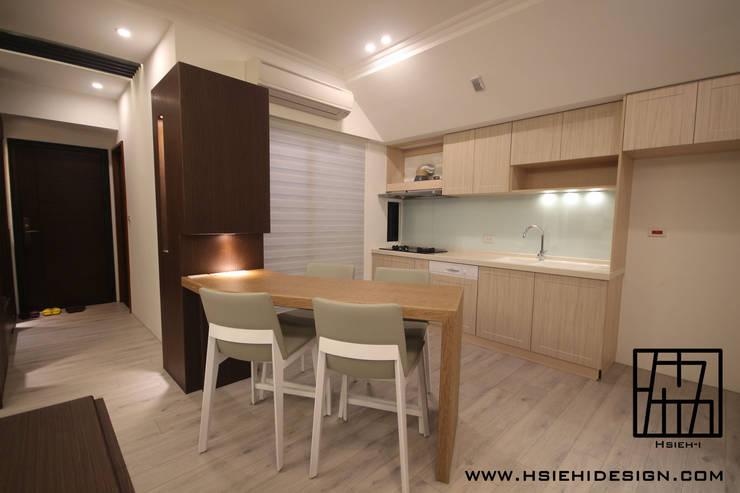 modern Kitchen by 協億室內設計有限公司