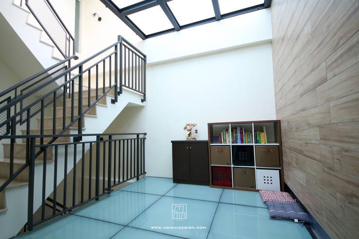 休憩區:  露臺 by 協億室內設計有限公司