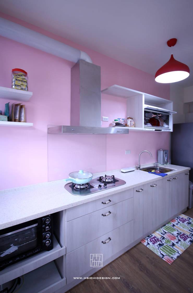 廚房:  廚房 by 協億室內設計有限公司