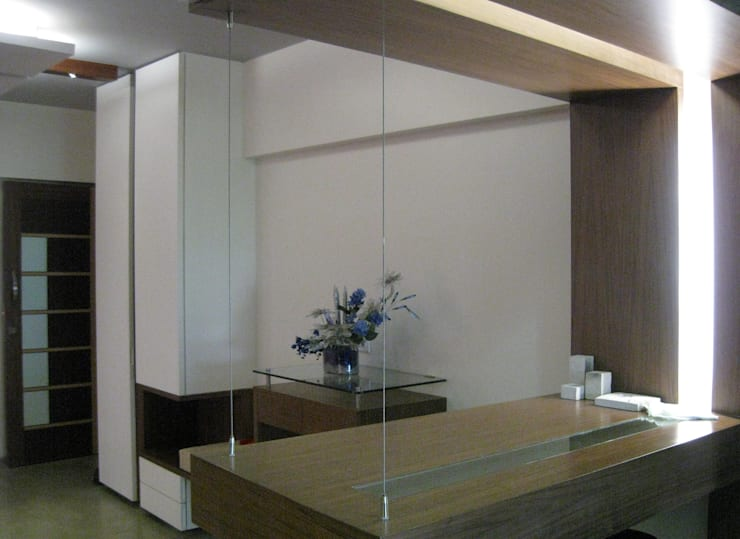 Dinning Table :  Dining room by Core Design
