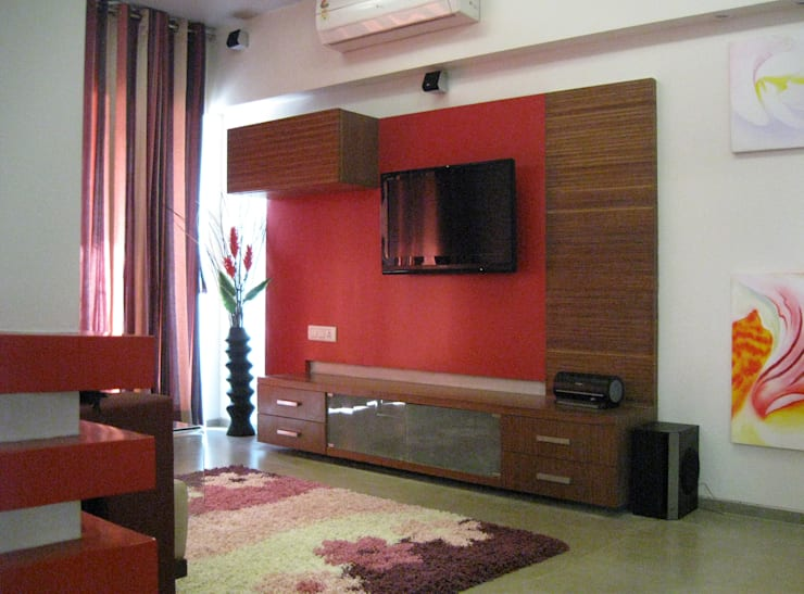 Studio Apartment :  Living room by Core Design